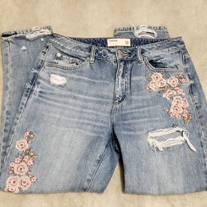 🦋 3/$30 Garage Distressed Faded Wash Mom Jeans
